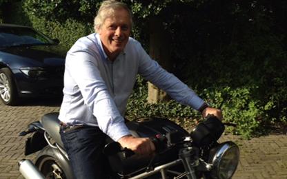 Eric Roks op motor